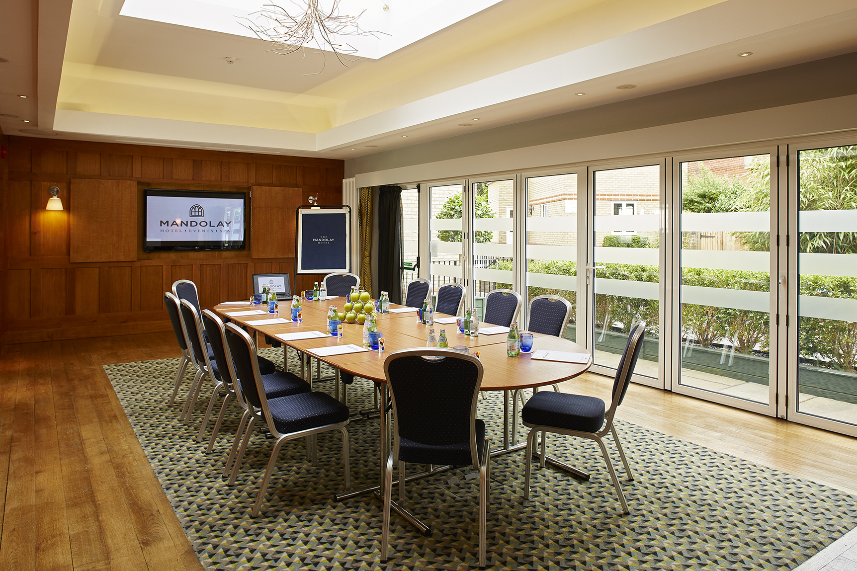 photo of the oak room boardroom table